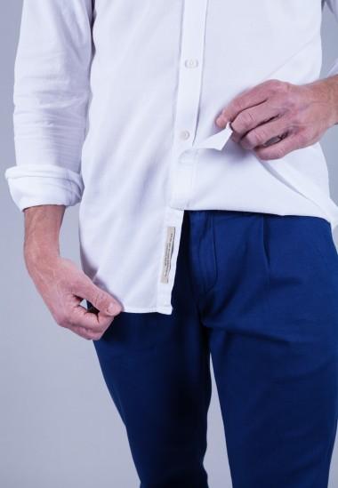 Camisa de hombre Leonardo Patadegayo de calidad sostenible fabricada en España - detalle tapeta interior