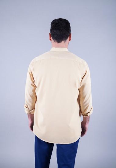 Camisa de hombre Mao puffy Patadegayo de calidad sostenible fabricada en España - plano espalda