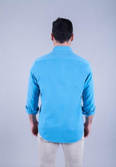Camisa de hombre Puffy turquesa Patadegayo de calidad sostenible fabricada en España - plano trasero