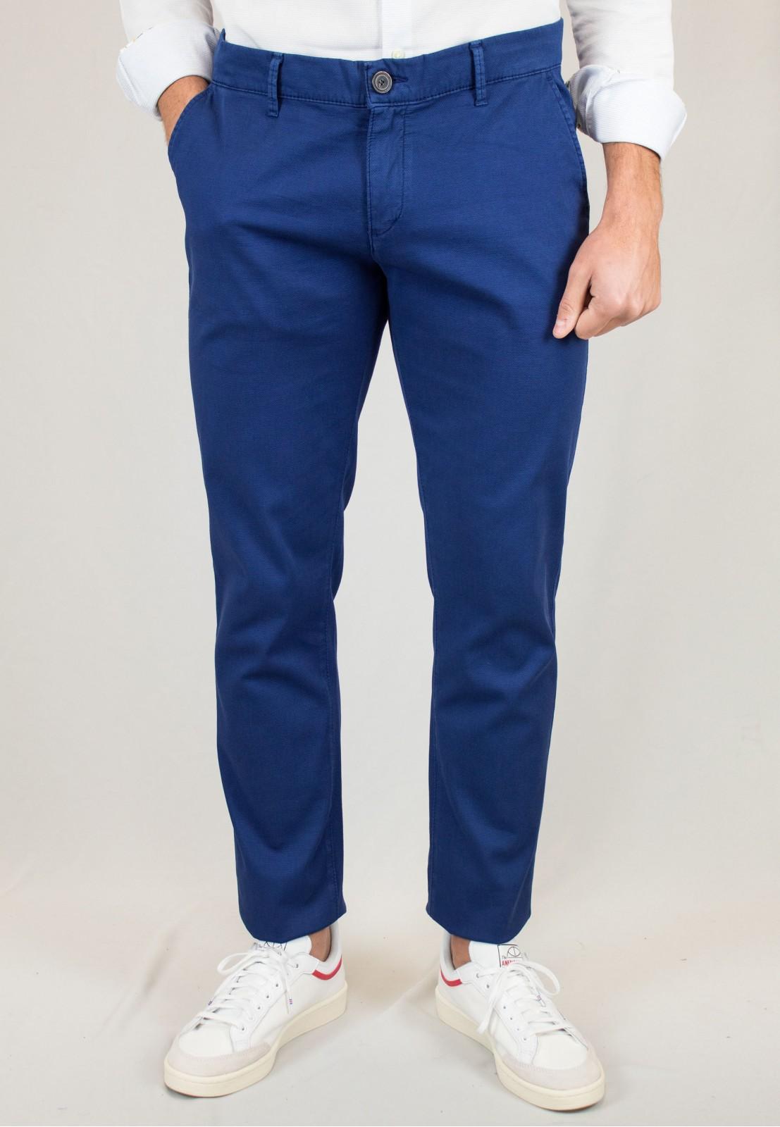 Pantalón  hombre Elliot Patadegayo en color tinta, fabricado en españa, muy comodo y de calidad - primer plano