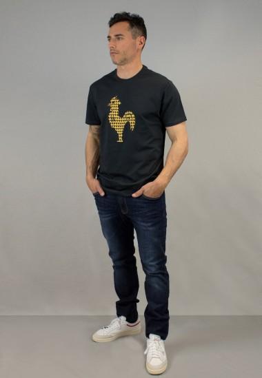 Camiseta de hombre Arcega marino Patadegayo de calidad sostenible fabricado en España - plano fantasma