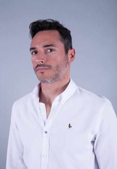 Camisa de hombre Leonardo Patadegayo de calidad sostenible fabricada en España - detalle botón