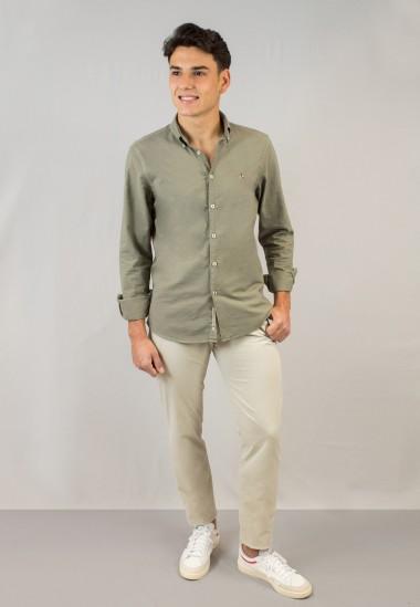 Camisa de hombre Leonardo kaki Patadegayo de calidad sostenible fabricada en España - detalle logo