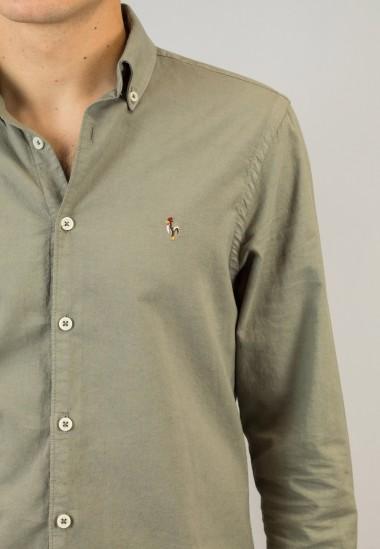 Camisa de hombre Leonardo kaki Patadegayo de calidad sostenible fabricada en España - plano fantasma