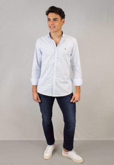 Camisa de hombre Oxford de rayas celeste Patadegayo de calidad sostenible fabricada en España - detalle